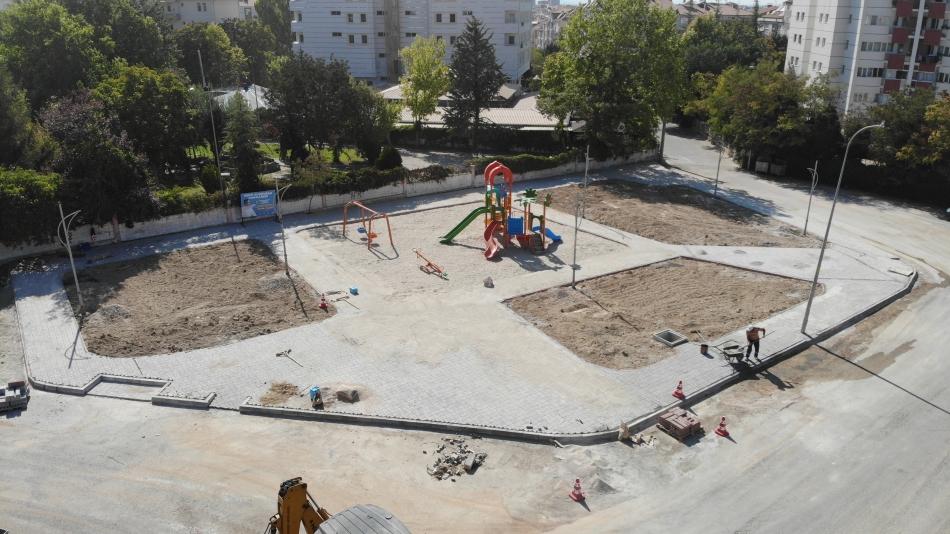 2021/08/1629989481_17-cumhuriyet_mahallesi_lojman_yani_park1.jpg