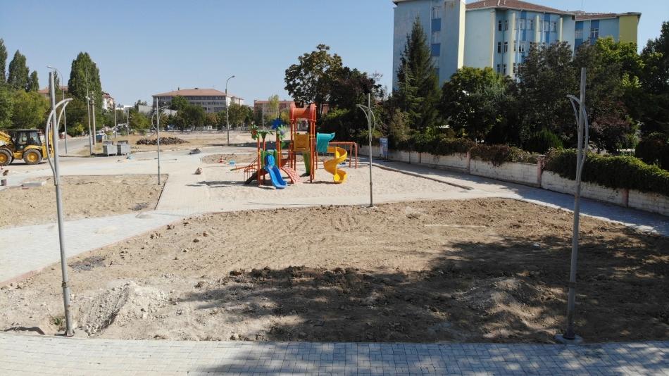2021/08/1629989485_18-cumhuriyet_mahallesi_lojman_yani_park2.jpg