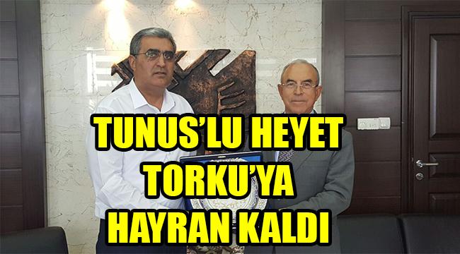 TUNUS'LU HEYET TORKU'YA HAYRAN KALDI