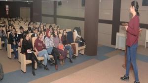 KMÜ'DE ERASMUS BİLGİLENDİRME SEMİNERİ DÜZENLENDİ