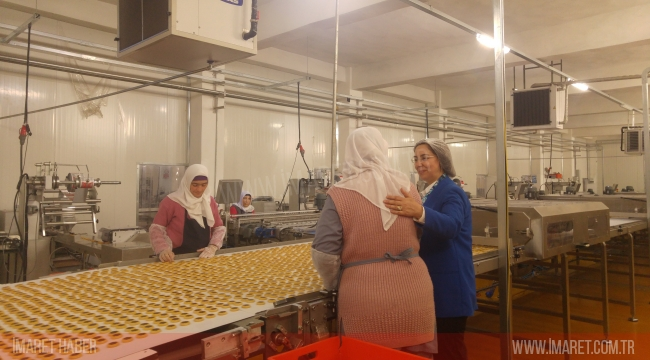 Karaman AK Parti İl Kadın Kolları Başkanlığı 8 Mart Dünya Kadınlar Günü Fabrika Ziyareti