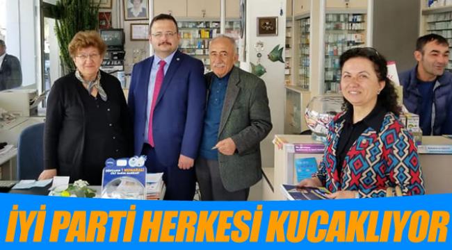 İYİ PARTİ HERKESİ KUCAKLIYOR