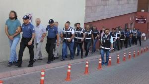 Kayseri'de FETÖ'den 21 kişi adliyede