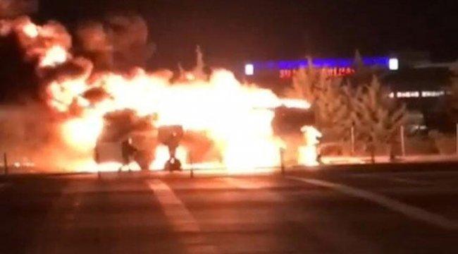 İzmir'de faciadan dönüldü... Alev alev yandı!
