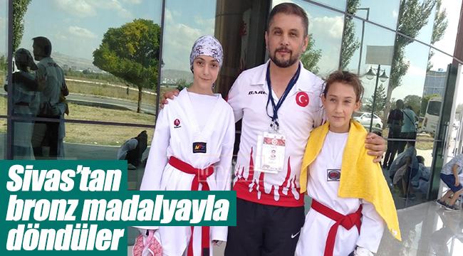 Sivas'tan Bronz Madalyayla Döndüler