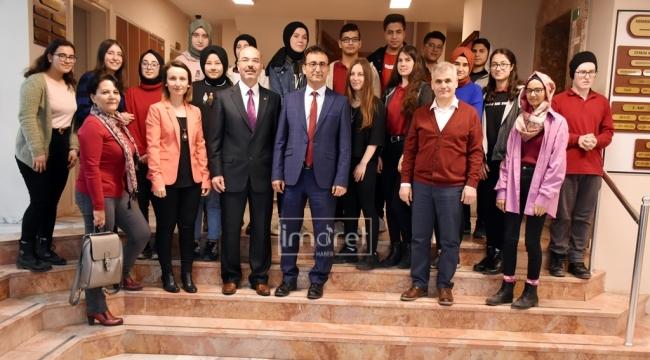 Fatih Anadolu Lisesi Öğrencileriyle Kahvaltıda Buluştu