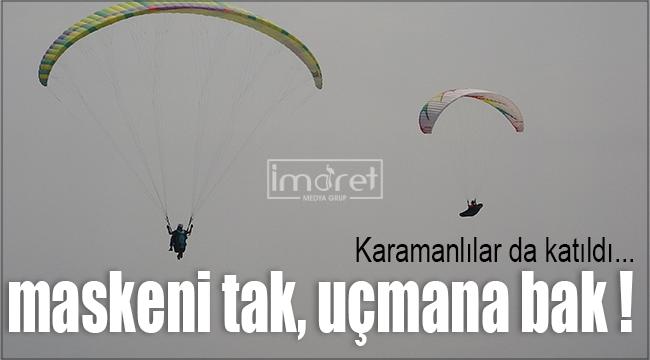 Karamanlı paraşütcüler maskeleri ile uçtu