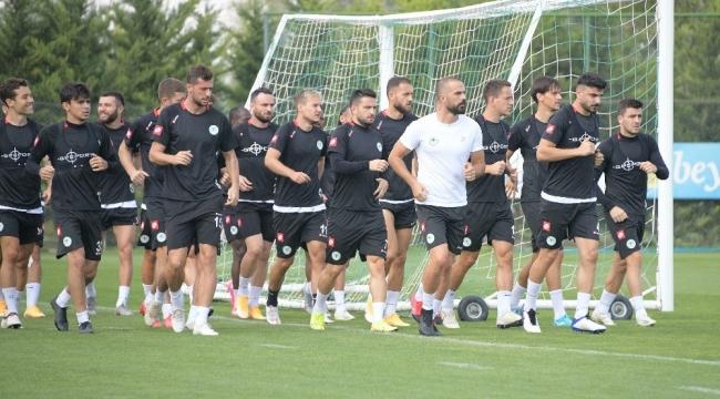 Konyaspor'da Beşiktaş maçı hazırlıkları devam ediyor