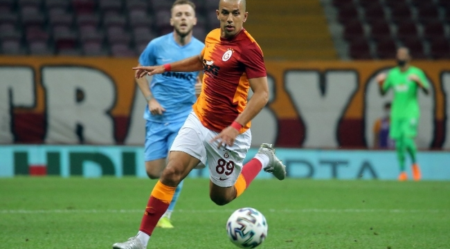 Sofiane Feghouli sezona asistle başladı