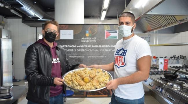 Alanya HEP'te Filistin mutfağı tanıtıldı