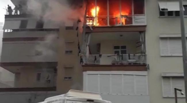 Antalya'da daire alev topuna döndü