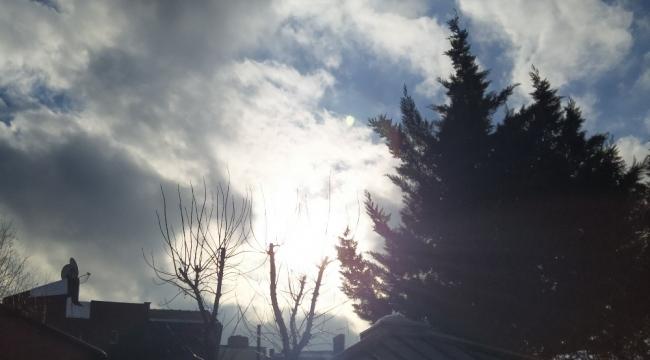 İstanbul'da sabah kar yağışı, öğle güneşli hava