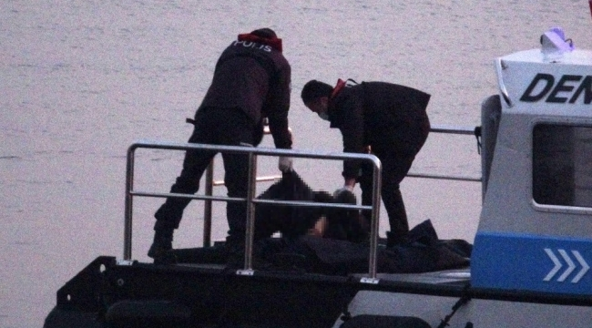 Pendik'te denizden erkek cesedi çıkarıldı