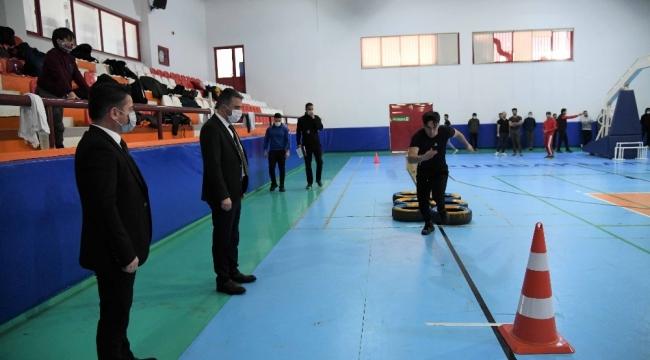 Pursaklar Belediyesinden polis adaylarına tam destek