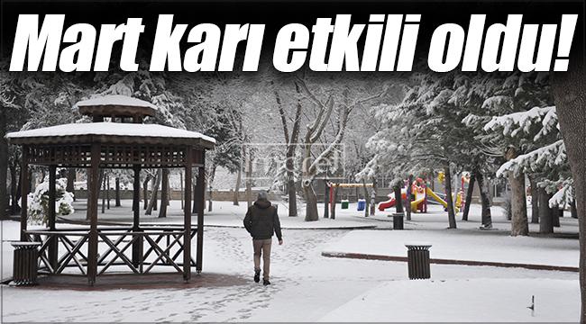 Karamanlılar güne beyaz örtüyle uyandı