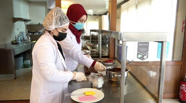 Beyoğlu'nda turizm sektörü için çikolata ustaları yetiştiriliyor