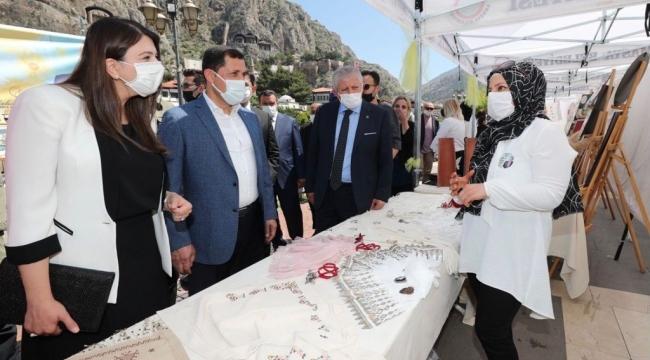 Amasya'da el sanatları sergisi düzenlendi