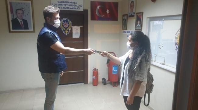 Gaziosmanpaşa'da kadınların cep telefonunu kapkaç yapan kişi yakalandı
