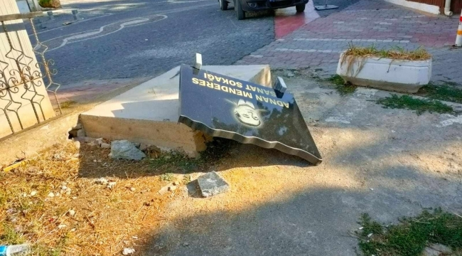 Sakin şehir Gerze'de kent mobilyalarına zarar verildi