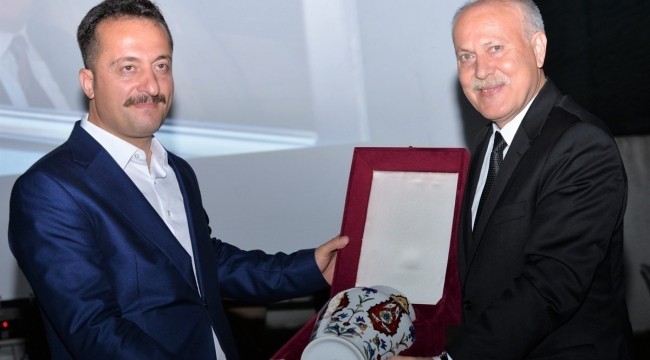 Vali Bilal Şentürk, Bilecik'e veda etti