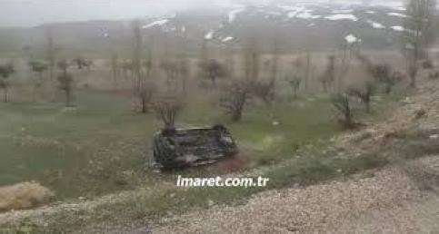 Karaman'da ambulans devrildi 3 ağır yaralı